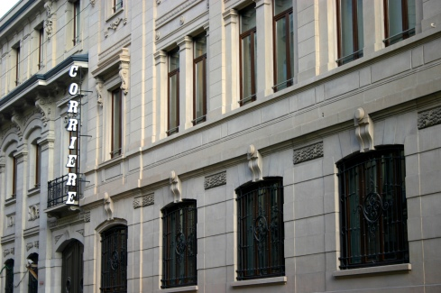 La sede del Corriere della Sera, in via Solferino, a Milano